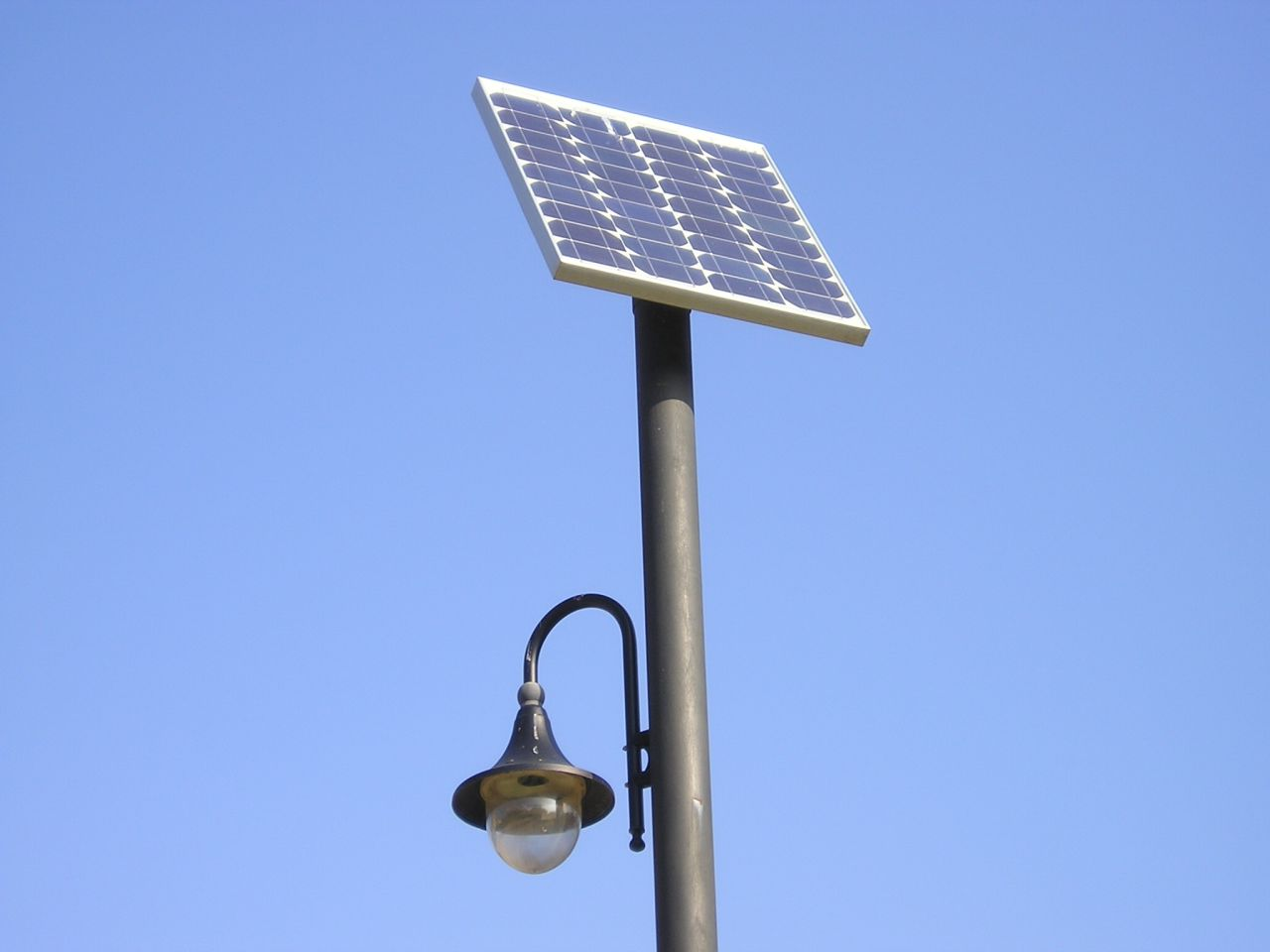 Solar post lighting on winlights deluxe interior lighting design solar post lighting solar power lights solar flood lights mozeypictures Choice Image